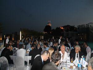 UND iftarına yoğun katılım