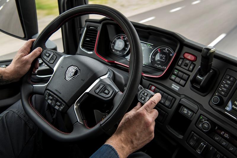 Scania, 2 milyar € harcadı, geleceğin aracını üretti galerisi resim 10