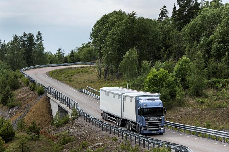 Scania, 2 milyar € harcadı, geleceğin aracını üretti galerisi resim 12