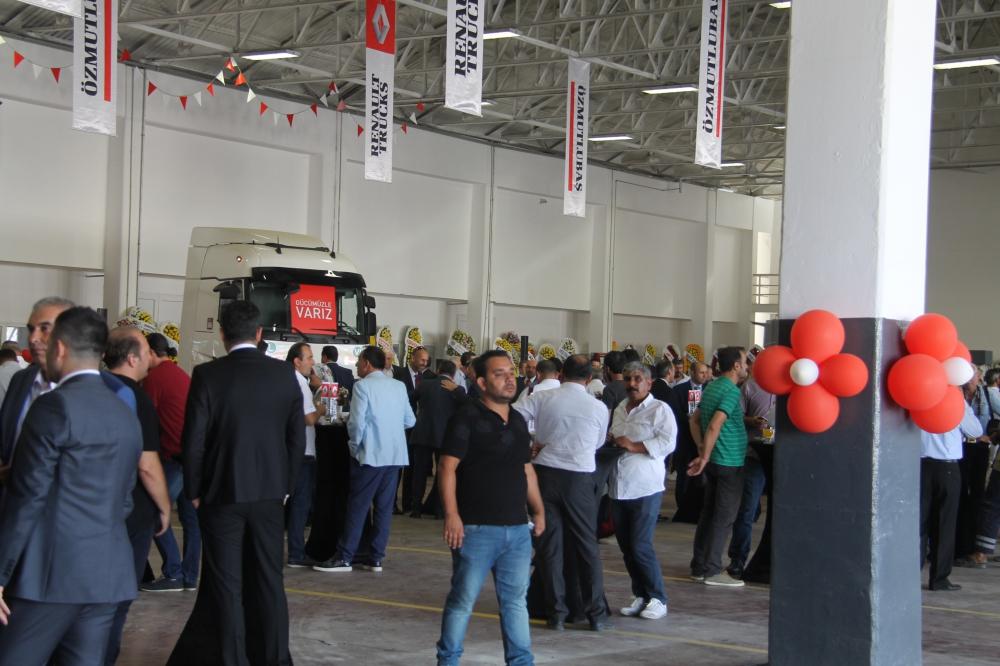 Renault Trucks Ege'de güçleniyor galerisi resim 8