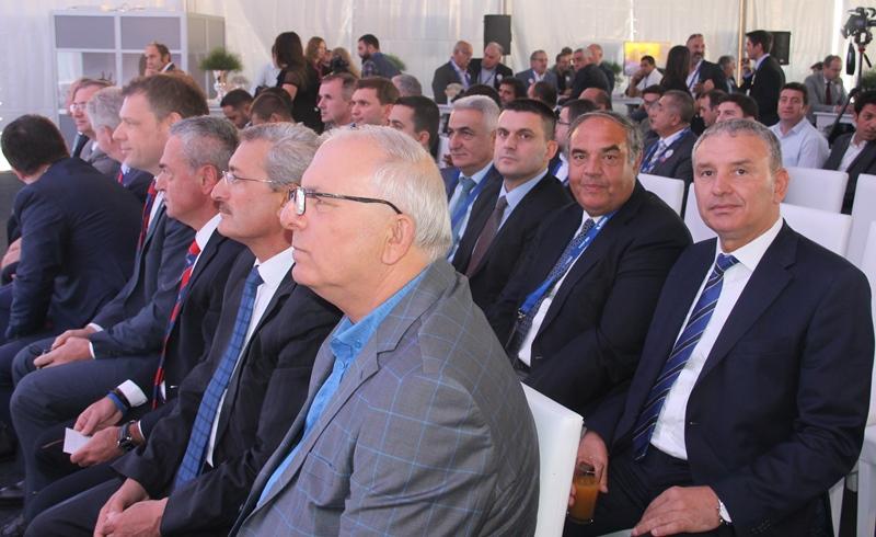 Schmitz Cargobull Türkiye'deki fabrikasını açtı galerisi resim 3