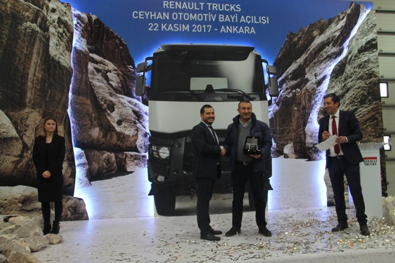 Ceyhan Otomotiv açılışı yaptı, 13 araç sattı galerisi resim 25