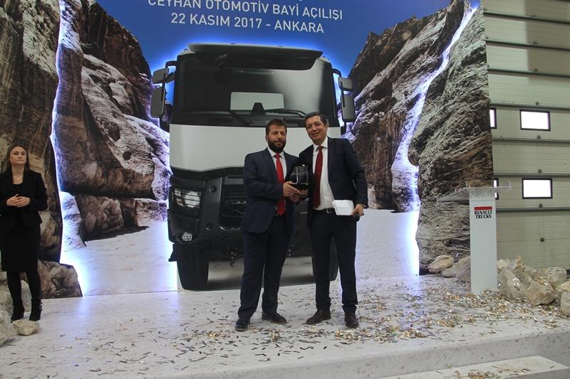 Ceyhan Otomotiv açılışı yaptı, 13 araç sattı galerisi resim 29