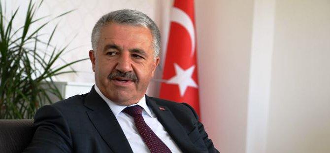 """Bakan Arslan: """"PTT artık küresel bir oyuncu"""""""