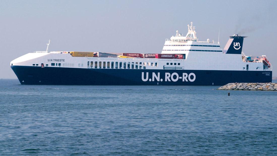 U.N Ro-Ro, İtalya'nın güneyine de inecek