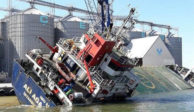 Yanlış yükleme gemiyi yan yatırdı