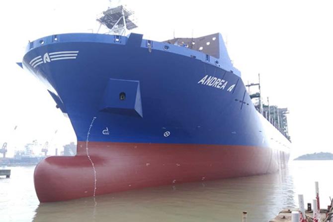 Arkas, 2 gemisini teslim aldı, birini kiraladı