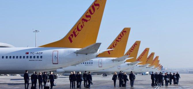 Pegasus iki uçağını sattı