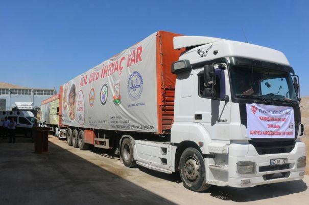 Suriye'ye 10 yardım TIR'ı gönderildi