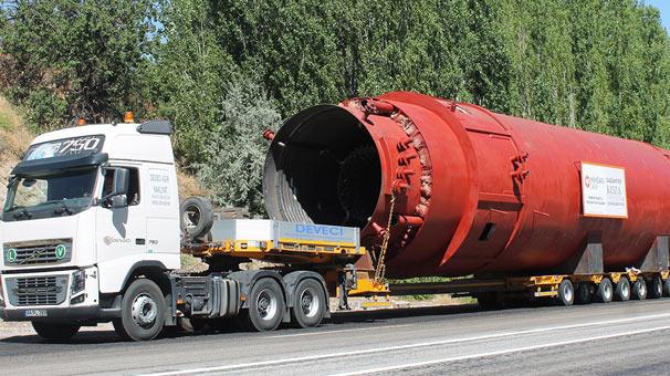 400 tonluk yağ kazanı Gaziantep yolunda
