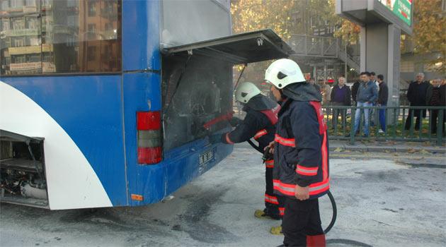 Ankara'da belediye otobüsünde yangın