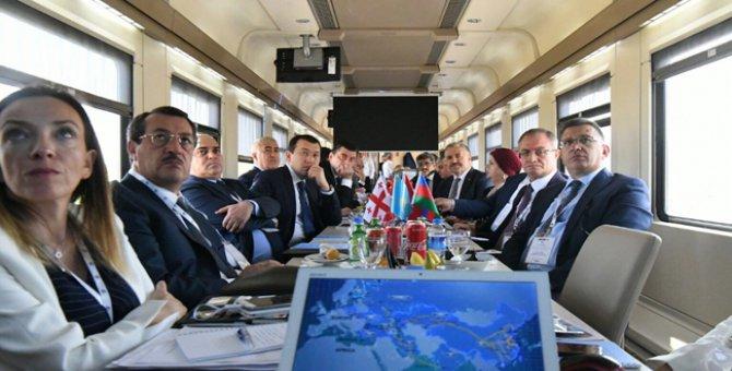 Bakü-Tiflis-Kars demiryolu projesinde test sürüşleri başladı