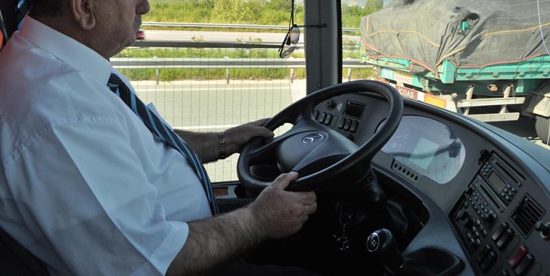 FLAŞ: 65 yaş üstü, 26 altı otobüs kullanamayacak