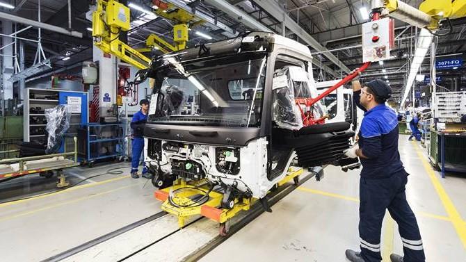Nakliyecilerden 5 kamyon üreticisine milyarlık dava