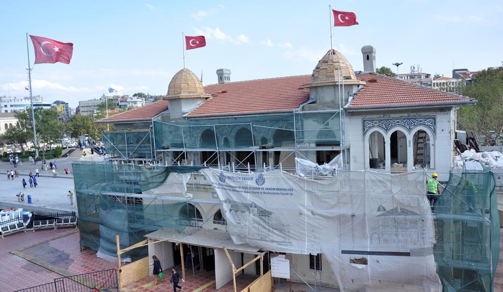 Şehir Hatları, İstanbul'un iskelelerine dokunmayı sürdürüyor