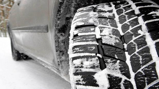 Bakanlıktan açıklama: Özele kış lastiği zorunlu değil