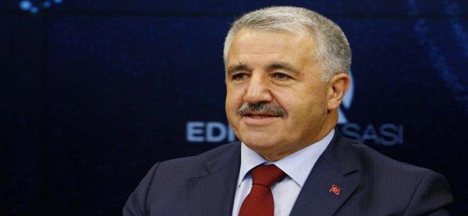 Bakan Arslan: Karayolu taşımacılığında bürokrasi azalacak