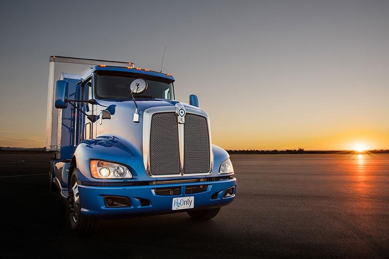 Hidrojenli Toyota kamyonlar hizmete giriyor