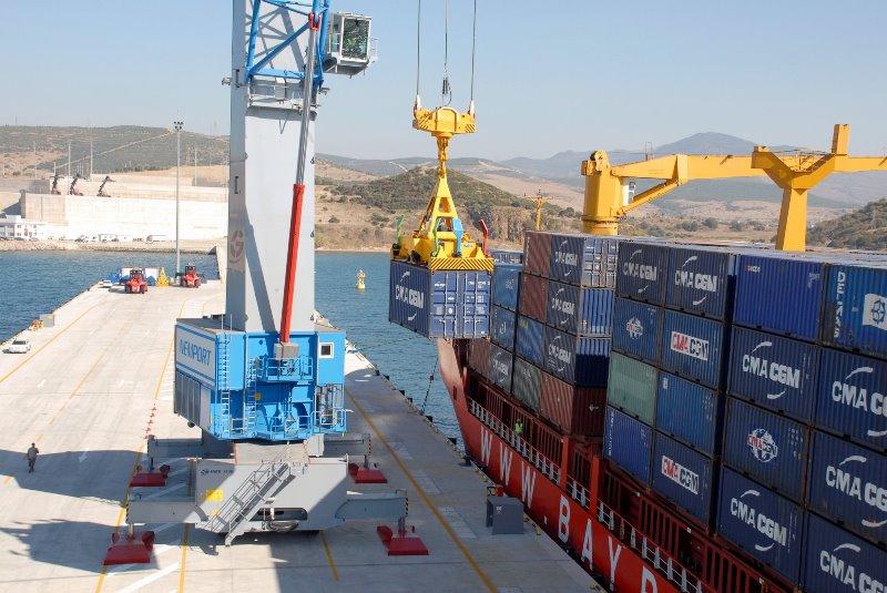 Nemport, 2 adet raylı gemi vinci alıyor