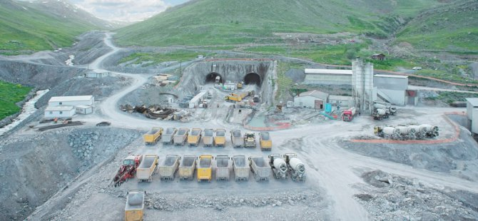 Türkiye'nin en büyük tüneli bitiyor