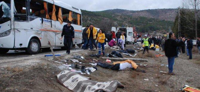 Ankara'da otobüs kazası, 2 kişi öldü, 20 kişi yaralı!