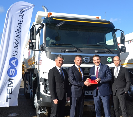 Onur Taşımacılık, 128 Volvo kamyon ve çekici aldı