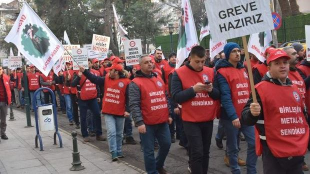 130 bin metal işçisi greve hazırlanıyor