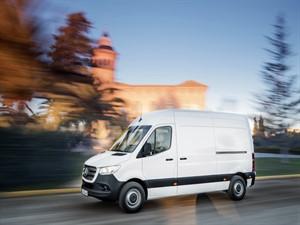 Yeni Sprinter, 1700 kombinasyonla geliyor!