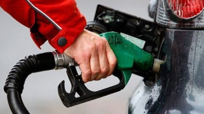 Kötü haber: Benzine yine zam bekleniyor
