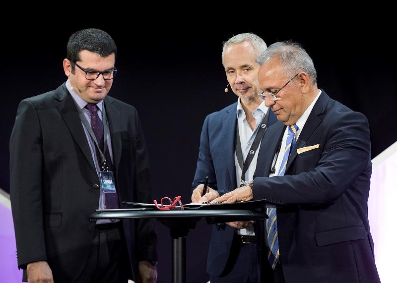 Volvo, ilk altın kontratı Erman Lojistik ile imzaladı