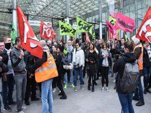 Fransız Demiryolu grev nedeniyle 100 Milyon Avro zarar etti