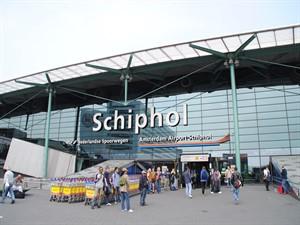 Amsterdam Schiphol Havalimanı ek terminalini TAV ve Rönesans yapacak