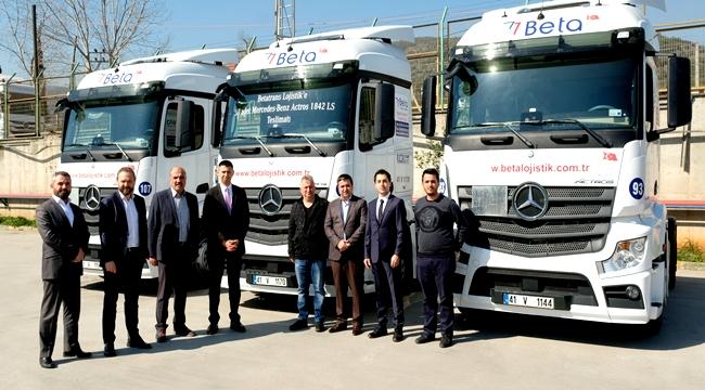 Mercedes-Benz'den 414 kamyon ve çekici teslimatı