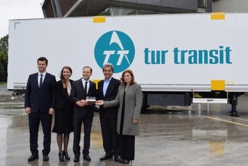 Turtransit, Tırsan'dan 30 tekstil taşıyıcı kutu aldı