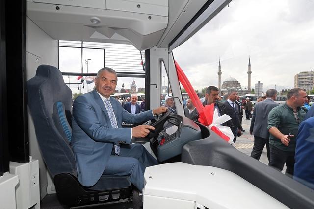 Kayseri elektrikli otobüs ihalesini Bozankaya kazandı