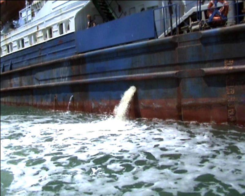 Atığını karada boşaltan gemilere teşvik geliyor