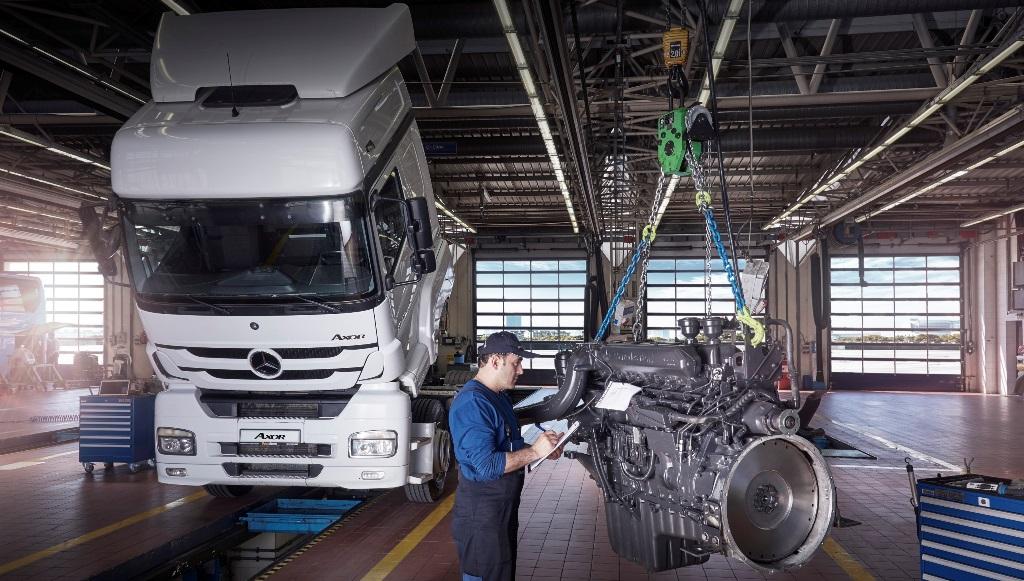 """Mercedes'ten """"Sıfır Gibi Motor"""" hizmeti"""