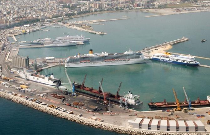 Yüksel Yıldırım, Taranto Limanı'na talip