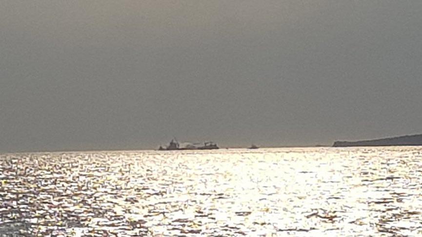 İzmir'de kuru yük gemisinde yangın