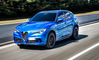 Alfa Romeo Stelvio Quadrifoglio, Yılın SUV'u seçildi!