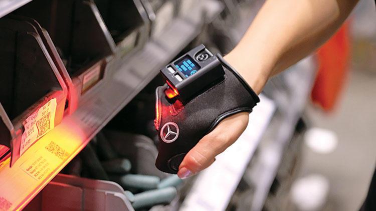 Akıllı eldivenler, üretim ve lojistiği hızlandırıyor