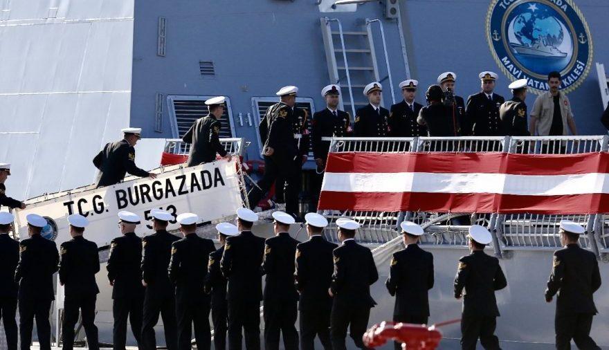 TCG Burgazada denize indi, Aydınreis'in ilk kaynağı yapıldı