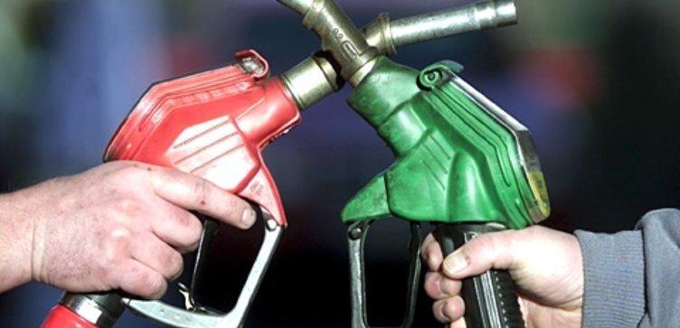 Benzine 8 kuruş indirim, motorine 6 kuruş zam