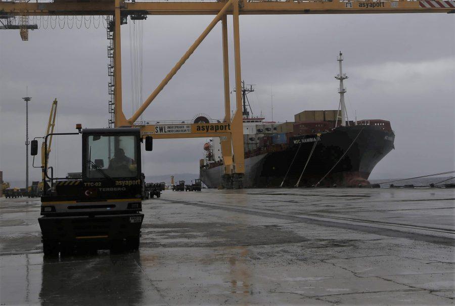 """Asyaport, dev gemilere de """"standart tarife"""" uygulayacak"""