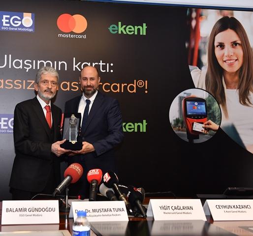 """Temassız Mastercard Toplu Taşıma"" Ankara'da"