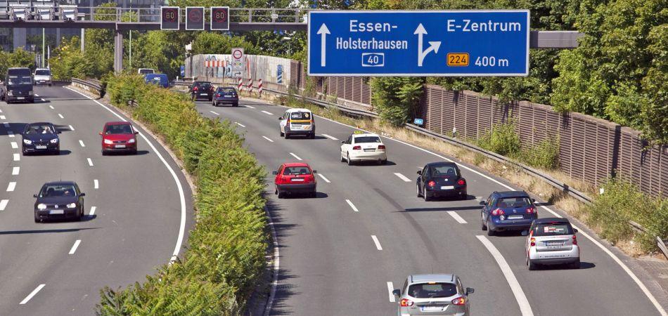 Almanya, otoyol işletmelerini kamulaştırdı