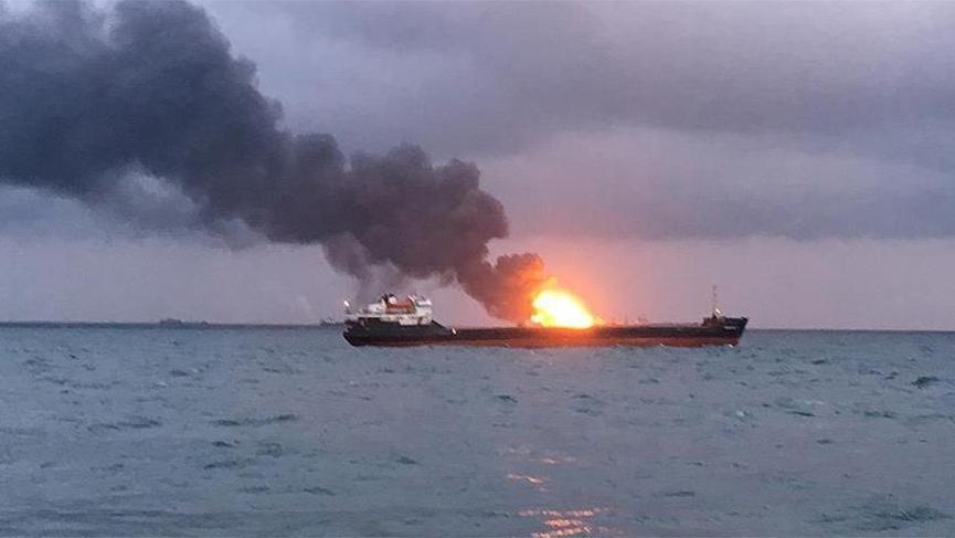Gemi yangınında 4 Türk öldü, 4 Türk de kayıp