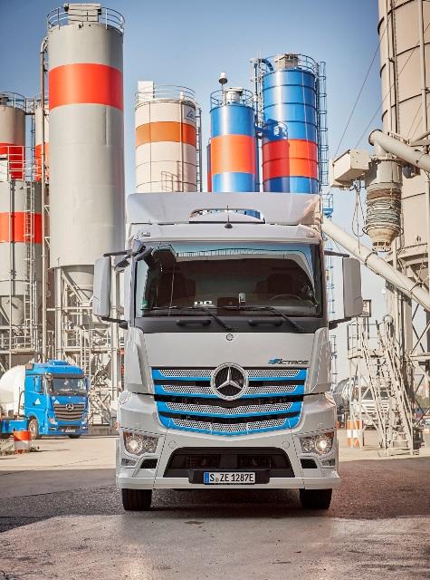 Elektrikli e-Actros test için Alman ve İsviçre yollarında