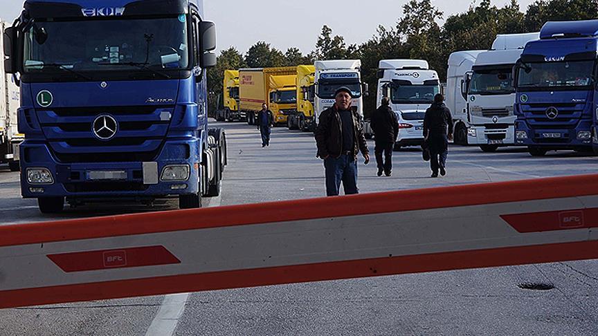 Rusya, TIR sürücülerine vizeyi kaldırdı