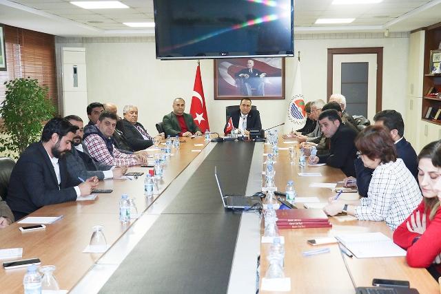 Mersin'de lojistik sektörü bölünüyor